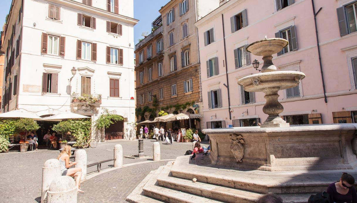 Roma-Piazza-della-Madonna-dei-Monti