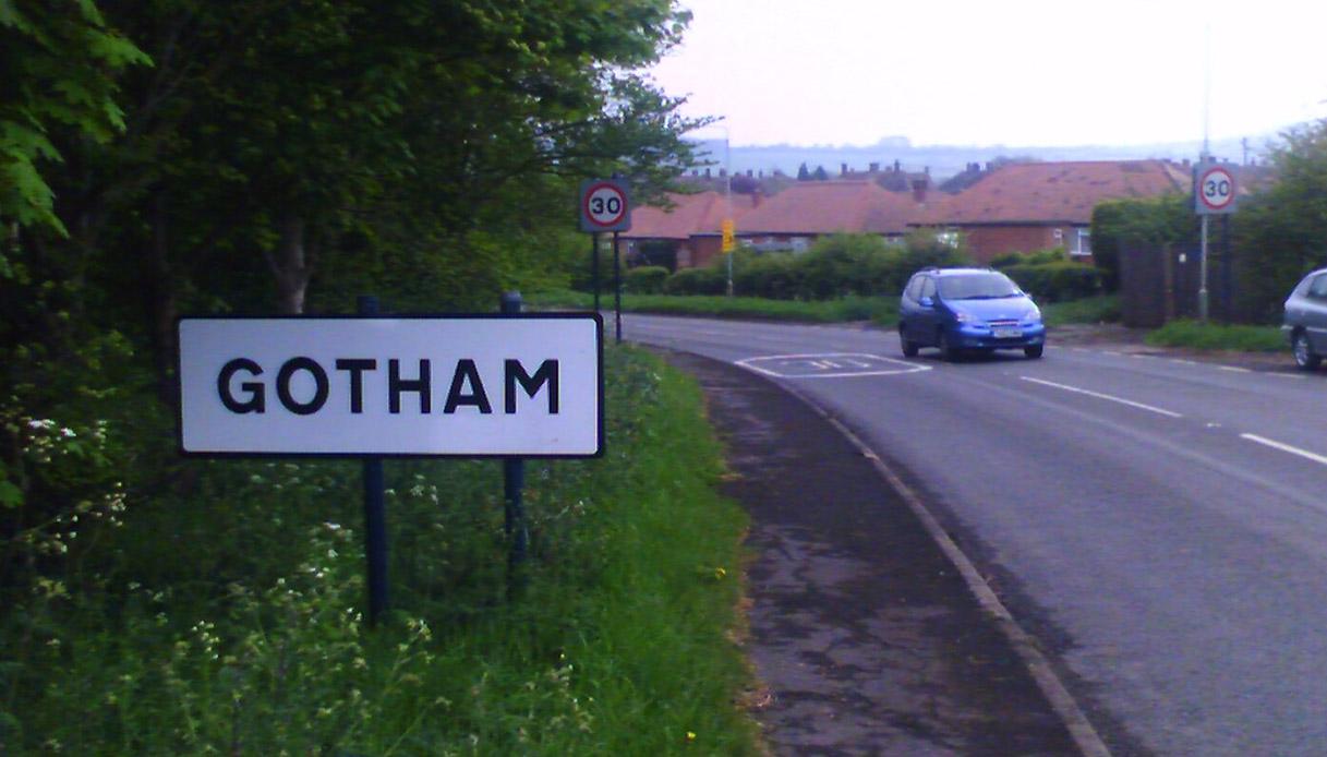 Questa è la vera storia di Gotham City e dei suoi abitanti folli