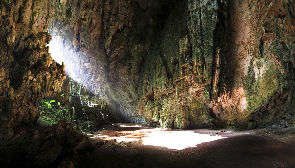 Le grotte di Belize