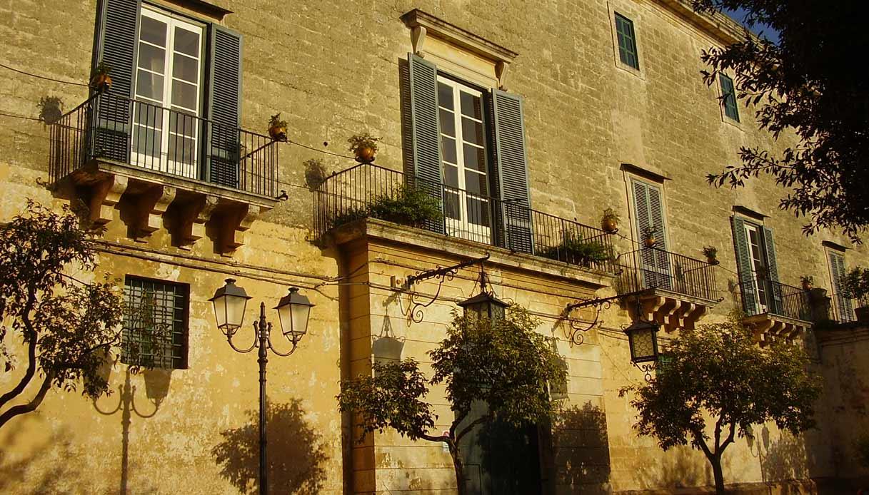 Palazzo_Frisari_Scorrano