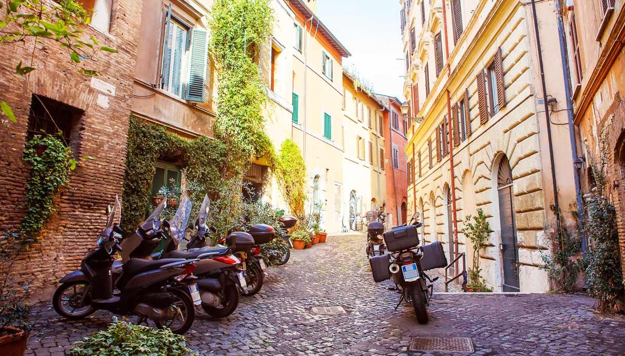 roma-vicolo-scooter