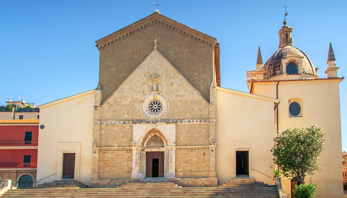 Cosa fare a Orbetello chiesa santa maria
