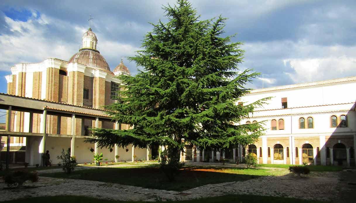 Monastero-San-Vincenzo-celebiìrity-hunted