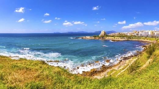 Alitalia è pronta a ripartire per la Sardegna: la data prevista e le destinazioni
