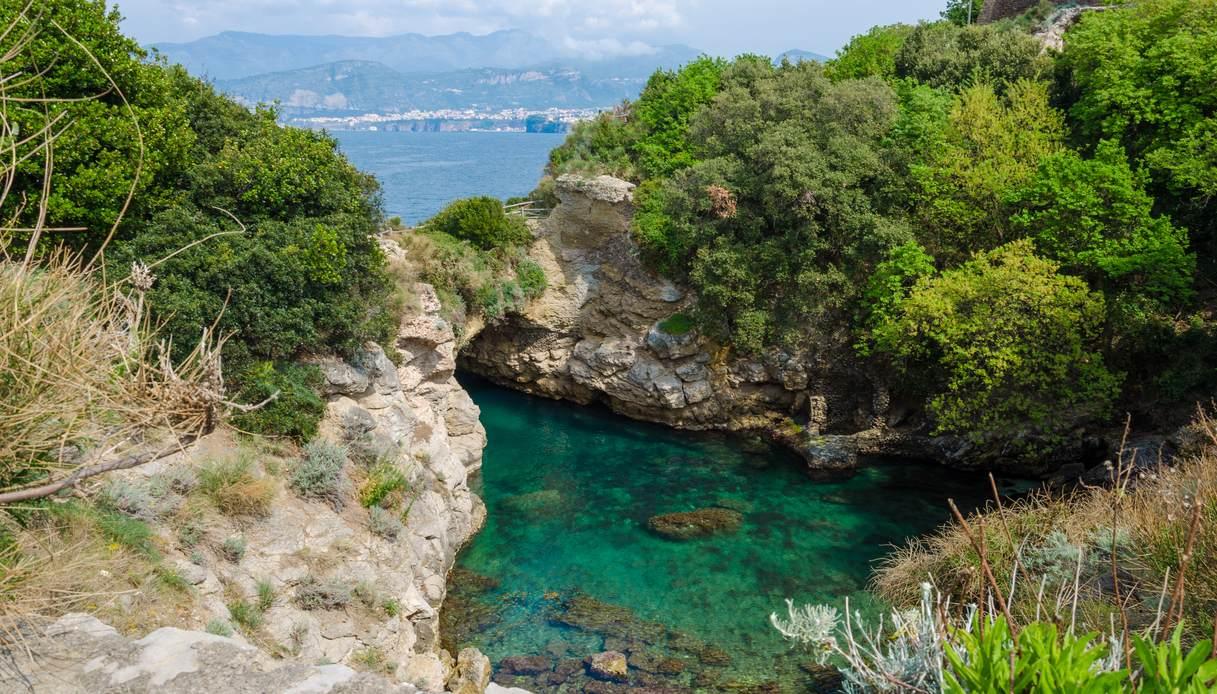 Bagni della Regina Giovanna, paradiso segreto vicino a Sorrento