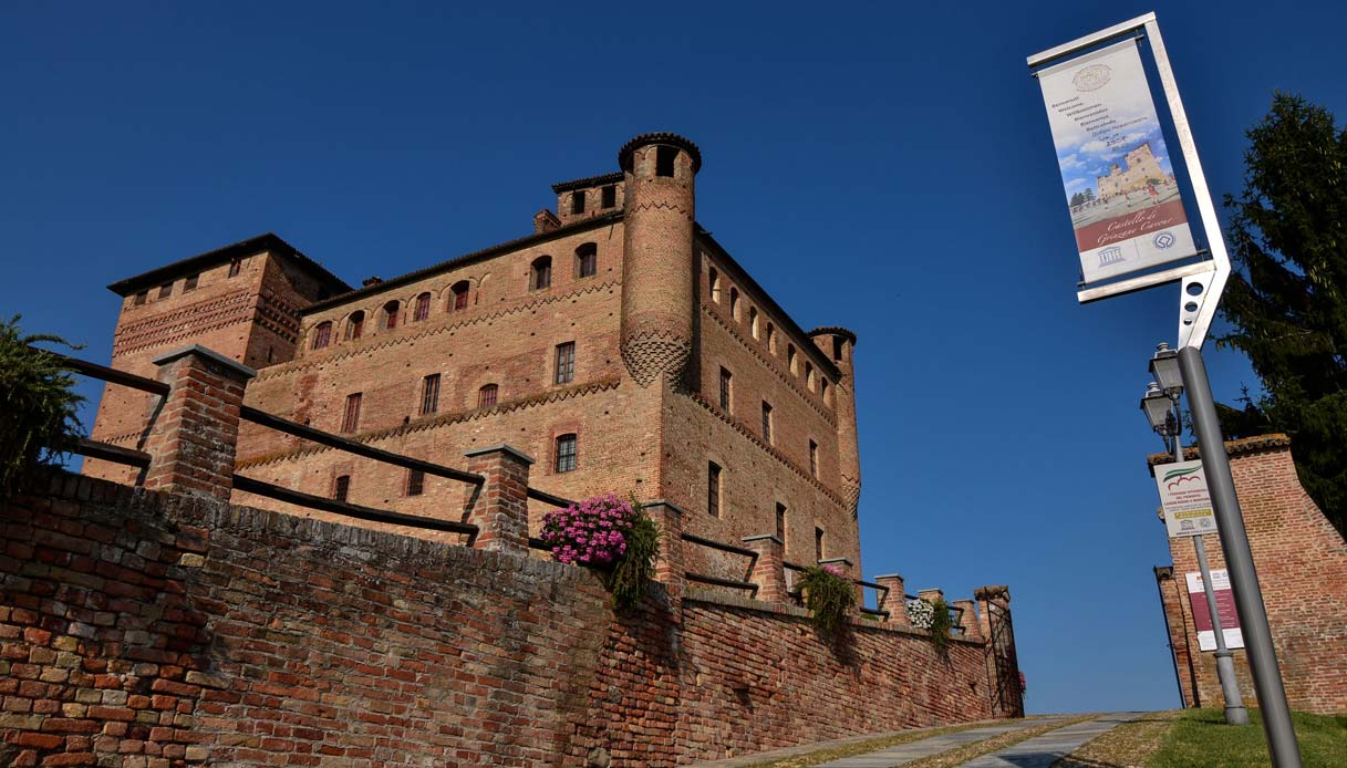 castello-grinzane-cavour