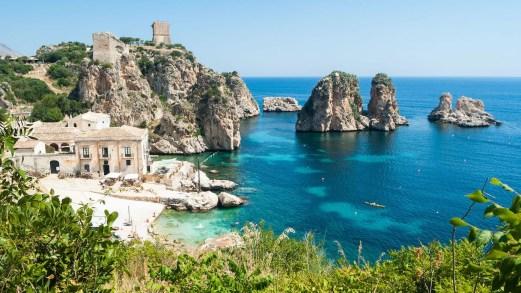 Vacanze in Sicilia, una notte gratis ogni tre: l'iniziativa tutta italiana
