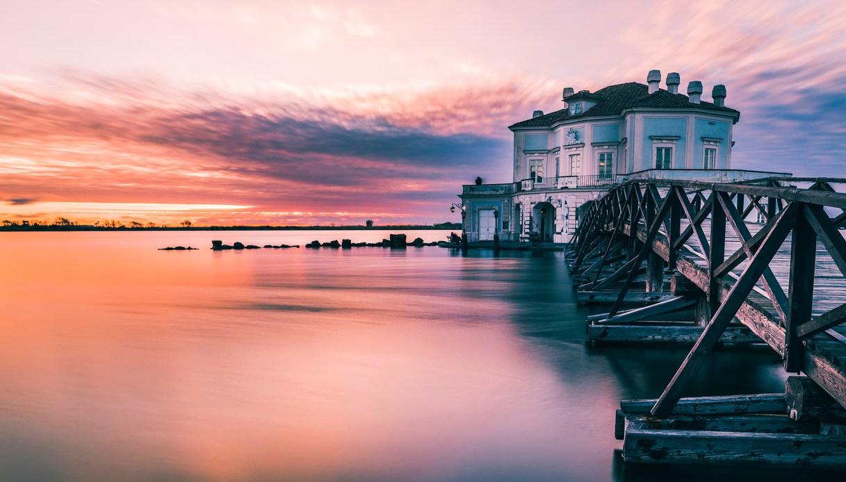 il tramonto sulla casina Vanvitelliana