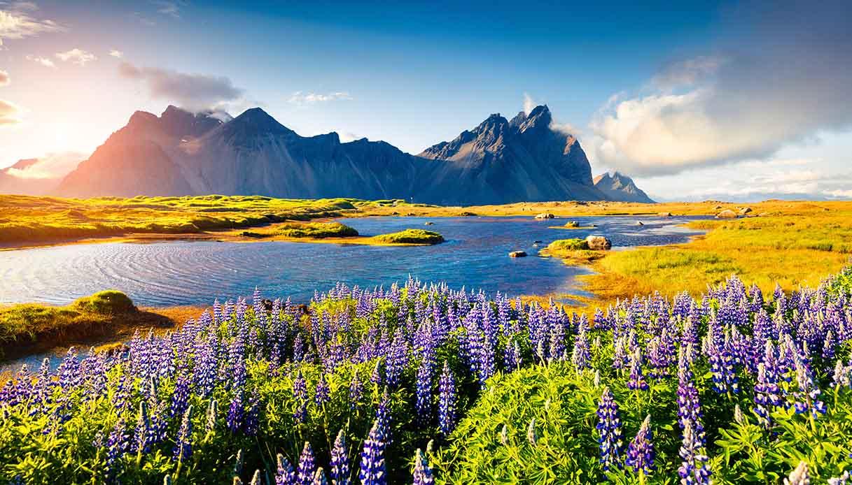 Islanda apre al turismo