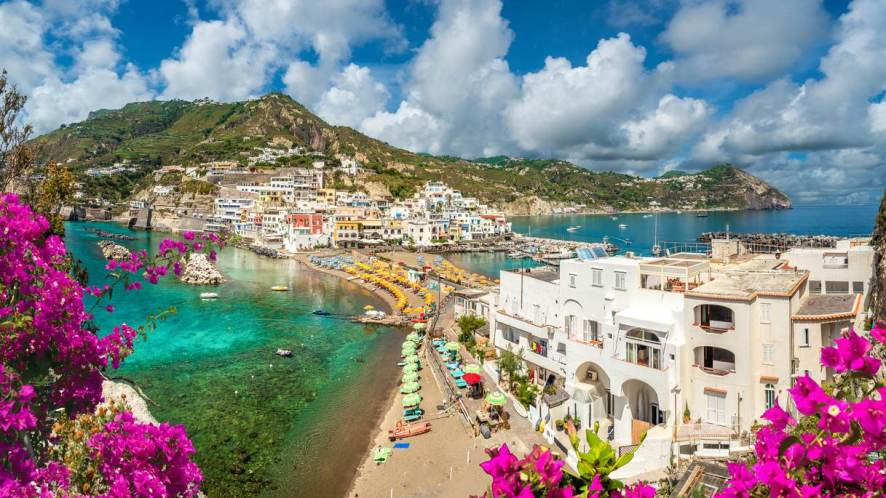 Isole del Golfo di Napoli, dove le spiagge sono da sogno