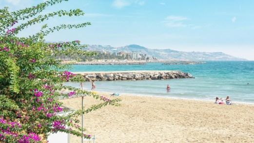La Liguria riapre le spiagge: ecco la data