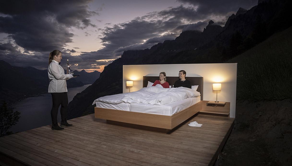 Dormire in un hotel senza pareti Svizzera lusis suite