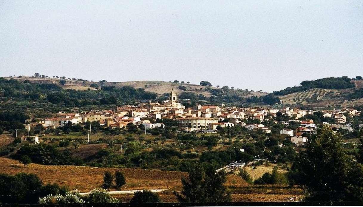 Il borgo del Molise che regala vacanze: boom di richieste | SiViaggia