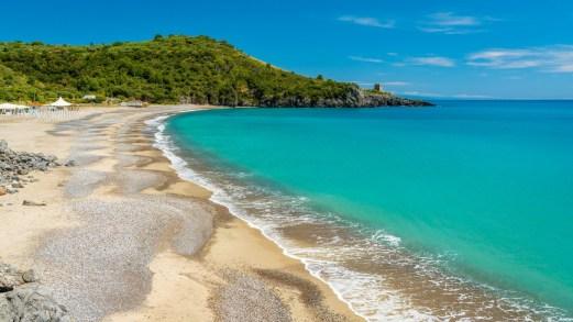 Le spiagge più economiche della Campania perfette per le vacanze