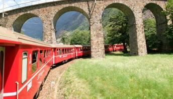 Trenino Rosso del Bernina, il più panoramico d'Europa