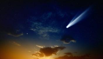 Ancora poche notti per vedere la cometa che poi ci saluterà per altri 6000 anni