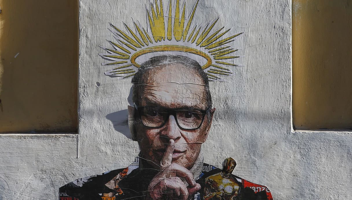 A Trastevere spunta un meraviglioso murale per omaggiare Ennio Morricone | SiViaggia