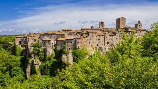 La natura incontaminata dei Monti Cimini, nel cuore del Lazio