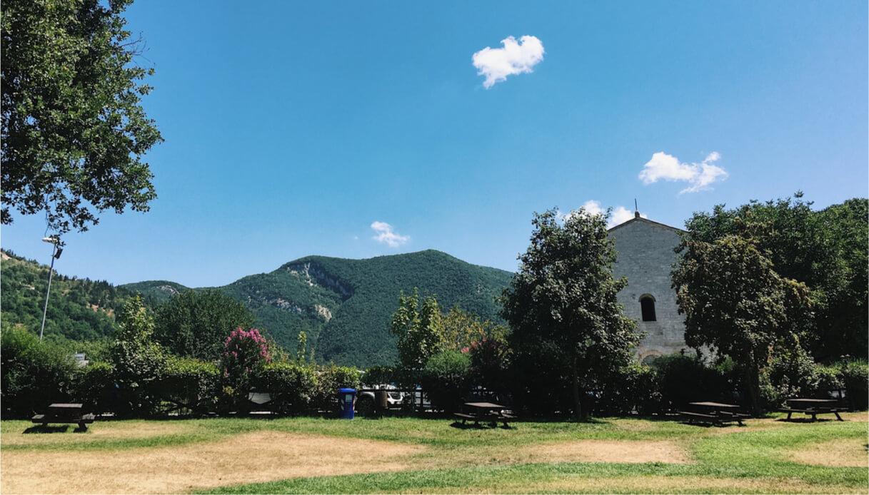 Vista del borgo di Acqualagna