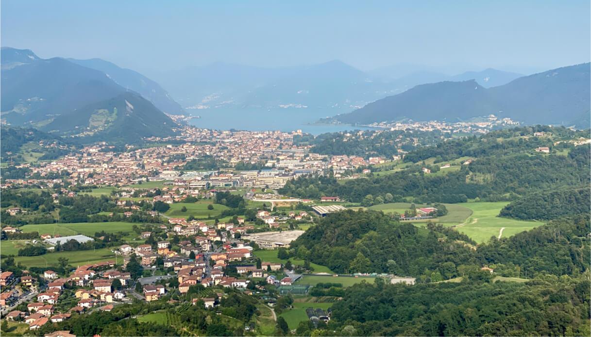 Vista sul borgo di Sarnico