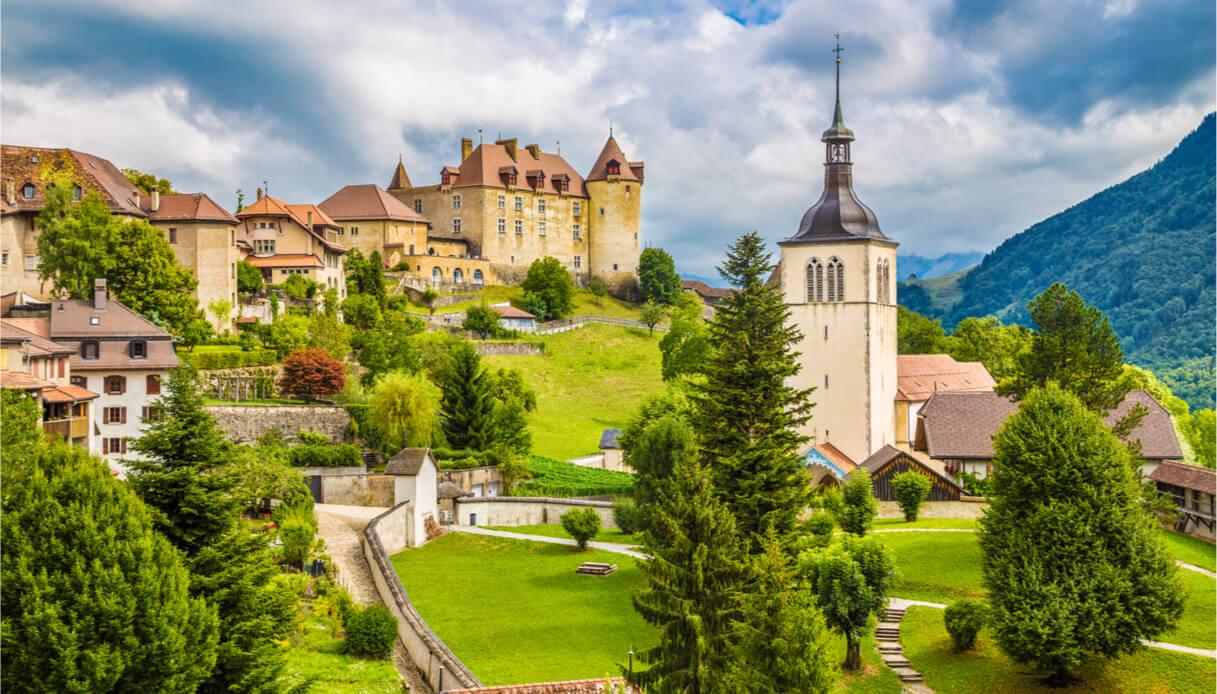 Panorama del castello di gruyères