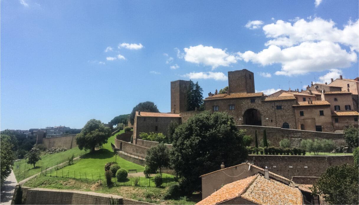 Vista del borgo di Tuscania