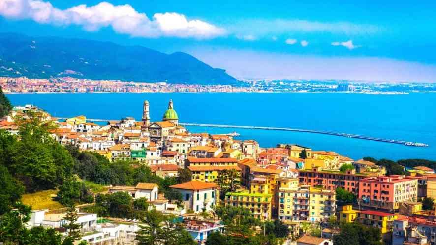 Vietri sul Mare, gioiello straordinario della Costiera Amalfitana