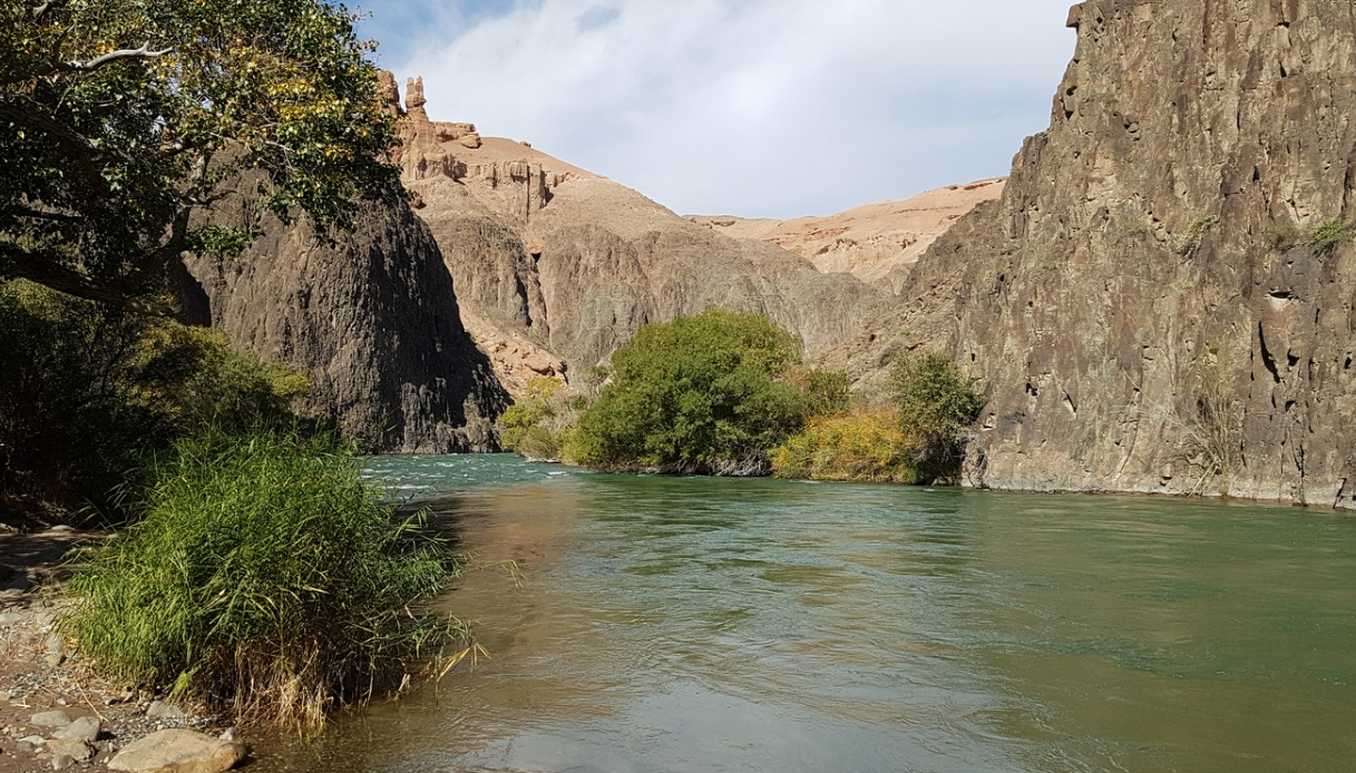 fiume Charyn