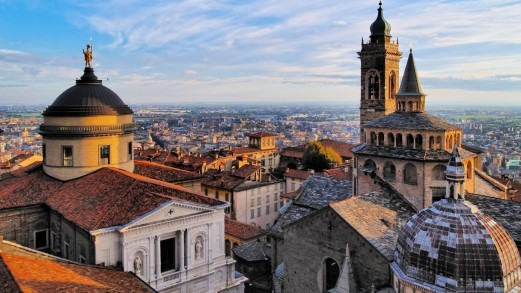 Scoprire Bergamo in autunno, tra viaggi e beneficenza