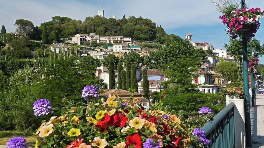 Villeneuve-Loubet, il piccolo borgo della Costa Azzurra che nasconde dei tesori