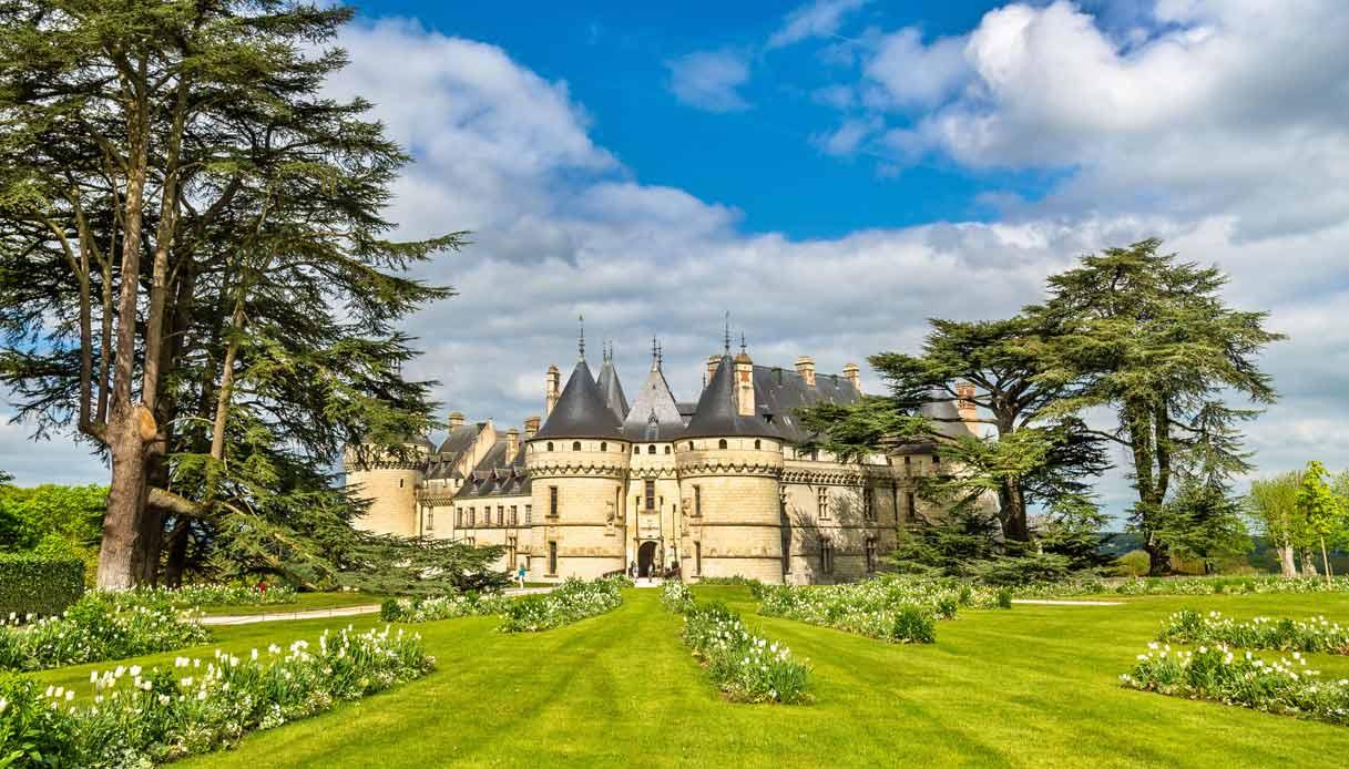 chaumont-sur-loire-castelli-loira-strada-iris-francia
