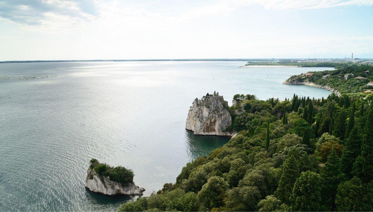 Castel Marciano location silenzio acqua