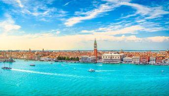 Venezia: la tassa di sbarco slitta al 2022 per richiamare turisti
