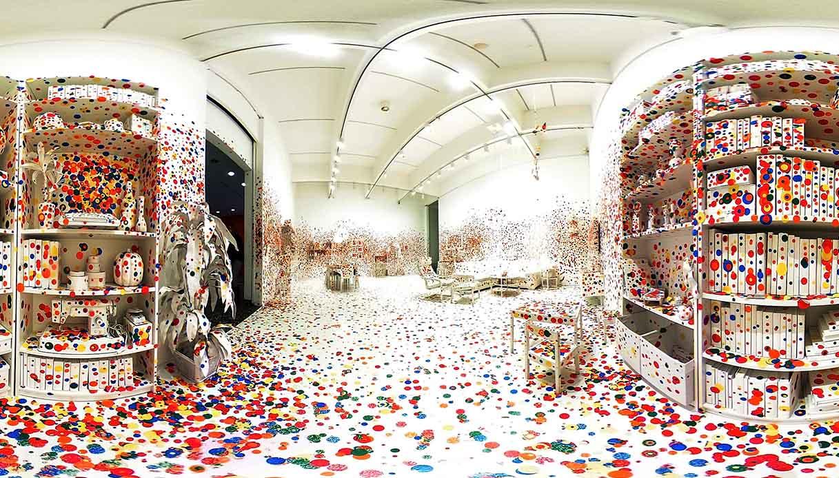 Infinity Room di Yayoi Kusama