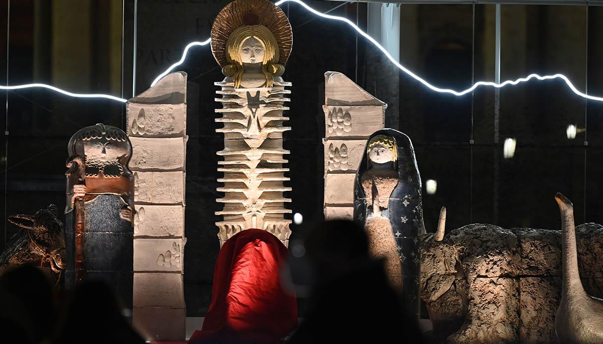 Il Presepe futuristico del Vaticano
