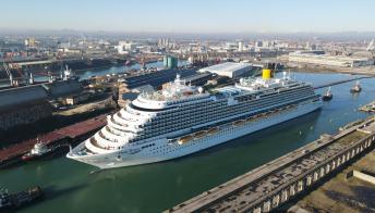 Salpa la Costa Firenze, la nave che è un inno all'Italia