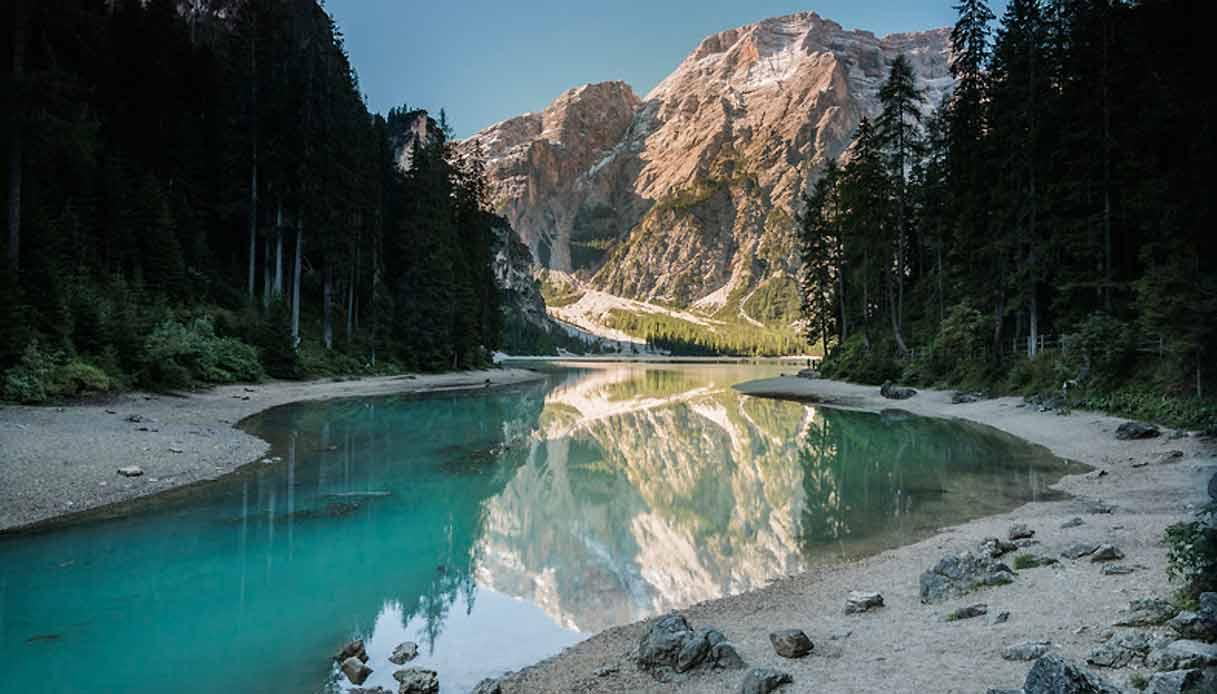 lago-braies-inverno