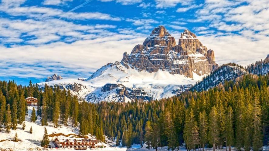Città, borghi e paesaggi innevati: 10 cartoline d'inverno dall'Italia