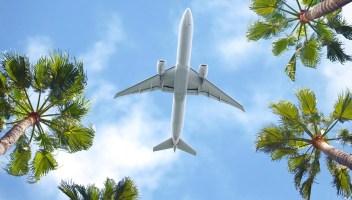 È boom di prenotazioni per volare durante le vacanze estive