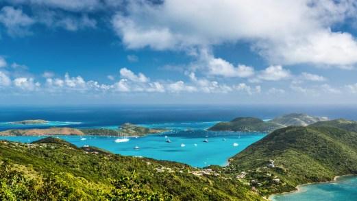 Le Isole Vergini Britanniche riaprono al turismo: le regole