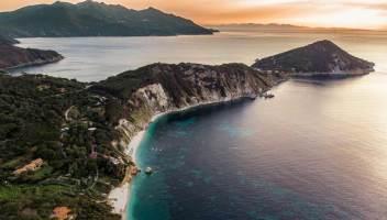 La Spiaggia di Sansone all'Elba tra le più belle d'Europa