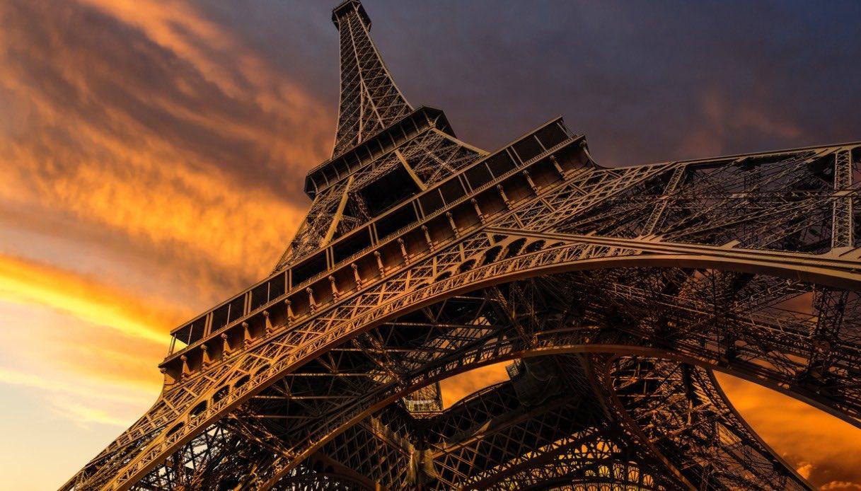 Torre Eiffel Giochi Olimpici 2024