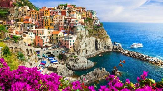 Viaggiare da soli in Italia in primavera: le destinazioni migliori