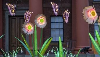Fiori, farfalle e installazioni luminose: Liverpool diventa una galleria d'arte all'aperto