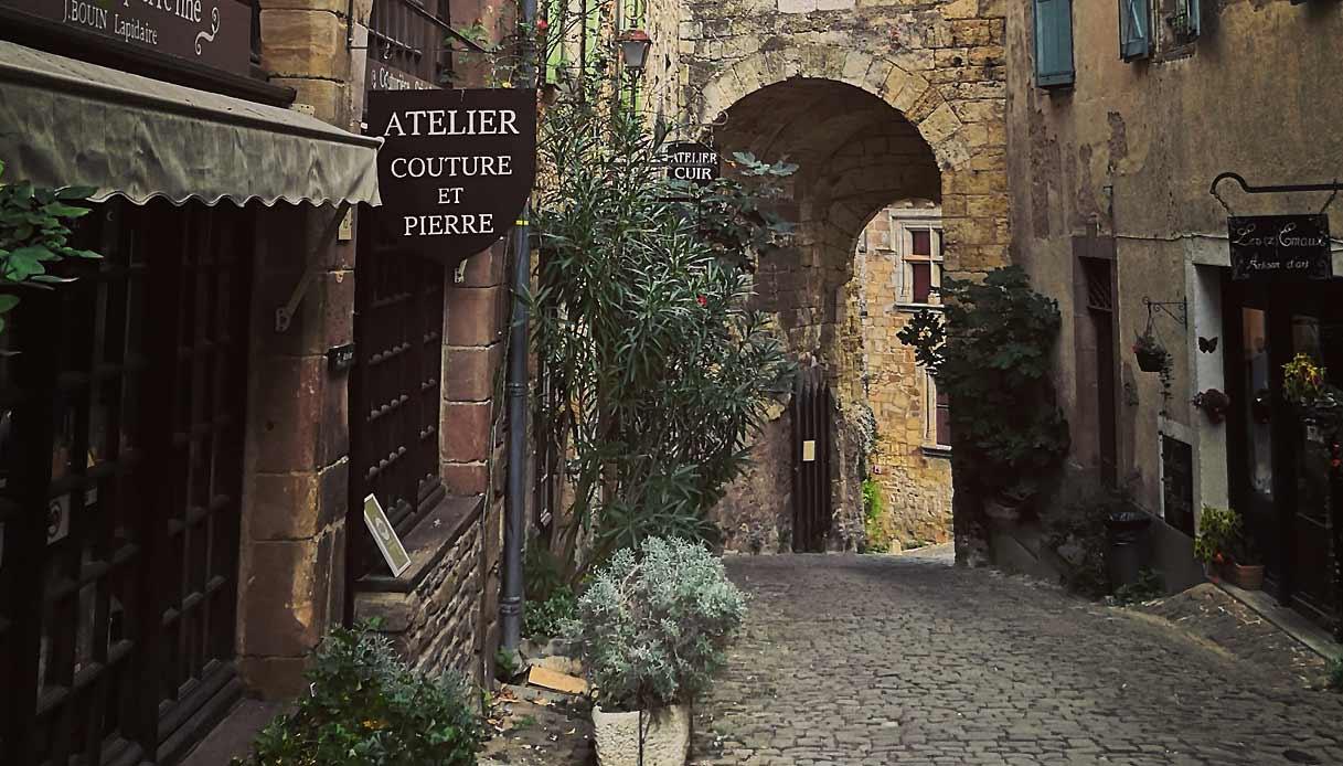 Cordes-sur-ciel-occitania-tarn-toscana-francia
