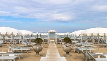 """La proposta di Riccione: """"una bolla sanitaria turistica"""""""