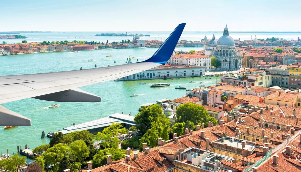 Ryanair riparte, tutte le nuove rotte per l'estate e l'inverno