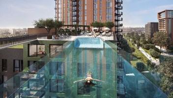 A Londra apre la prima piscina sospesa: nuotare sarà come volare