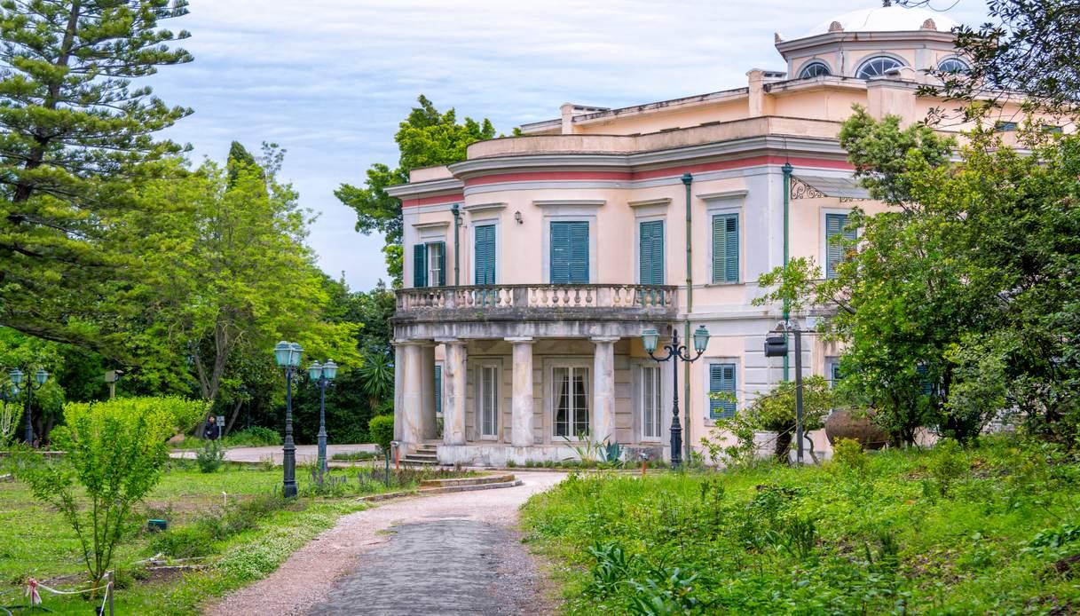 principe filippo villa grecia
