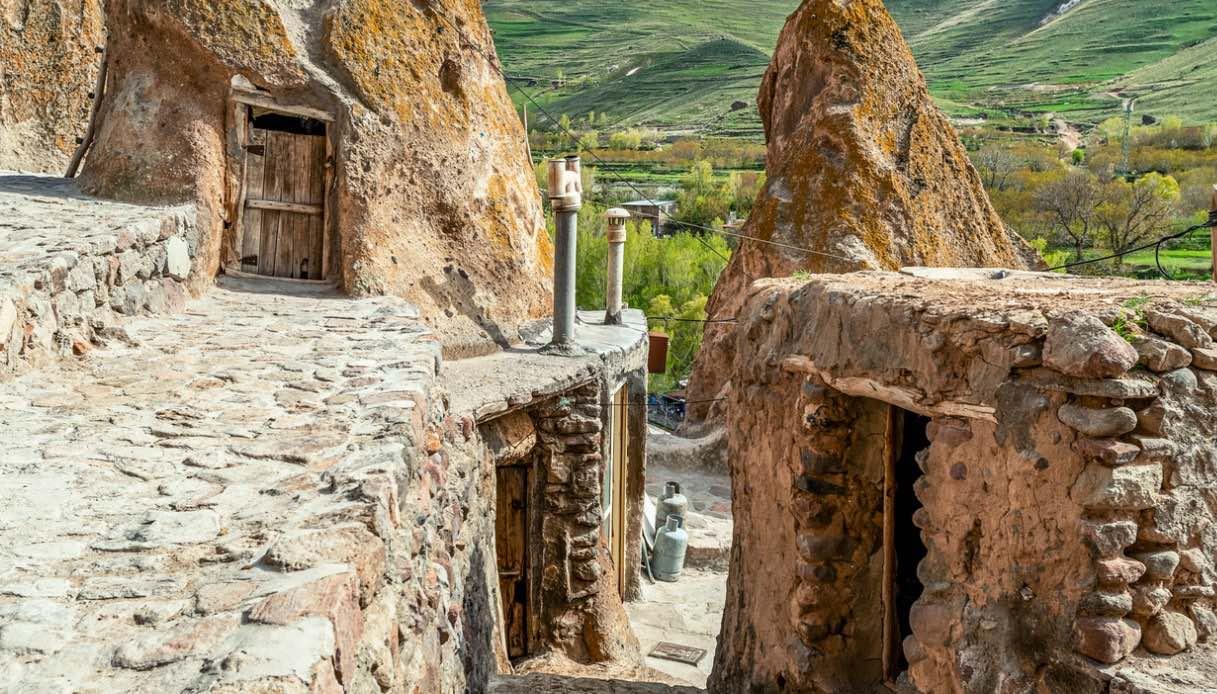 Kandovan, il villaggio scavato nella roccia